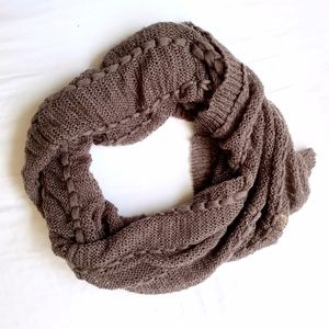FREE PEOPLE • PLUM RIBBON KNIT INFINITY SCARF